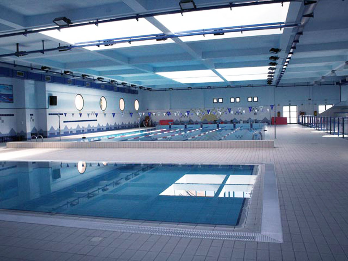Piscina coperta reggio calabria piscina apan for Hotel piscina